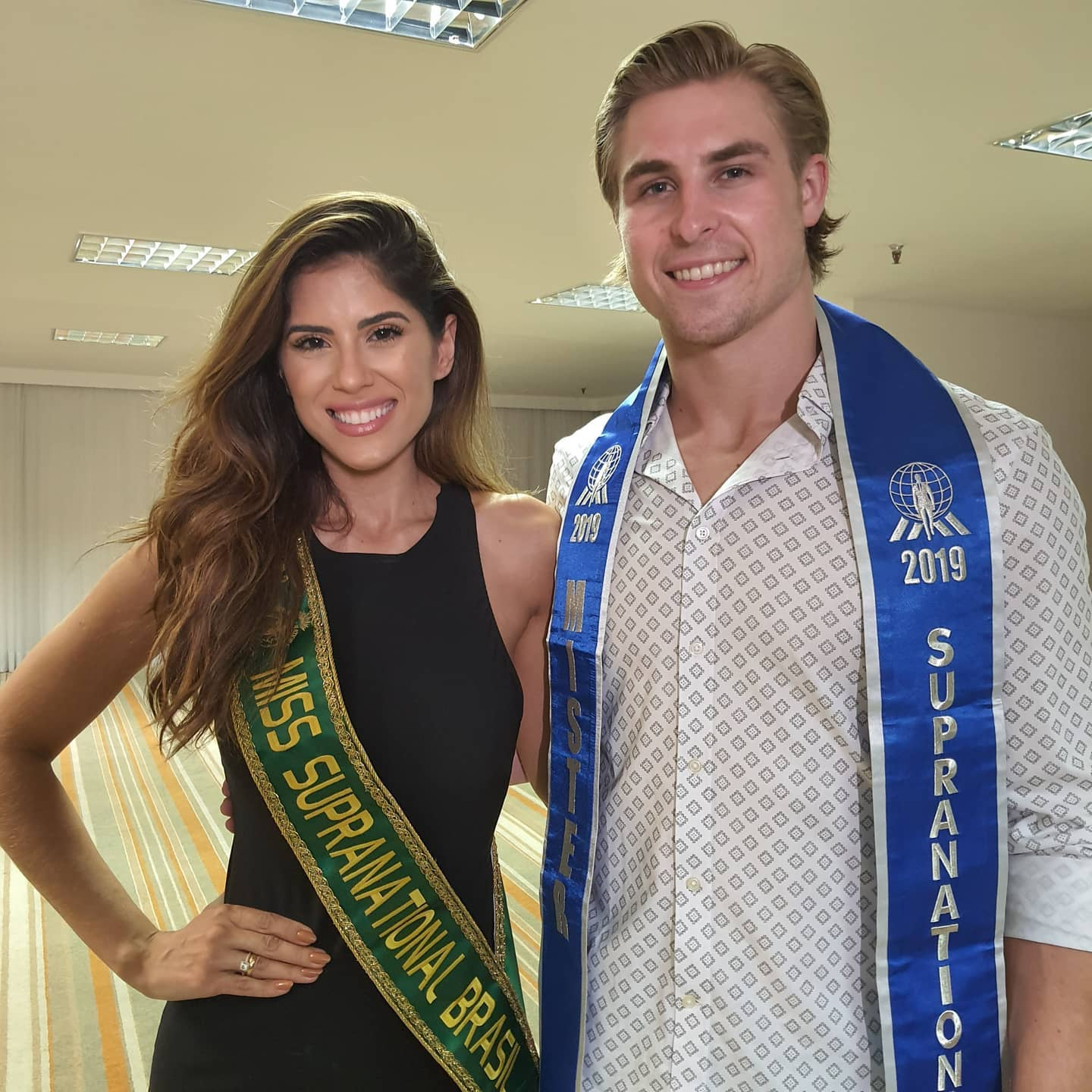 mr supranational 2019 junto a miss supranational brazil 2020. Q5pkrl2x