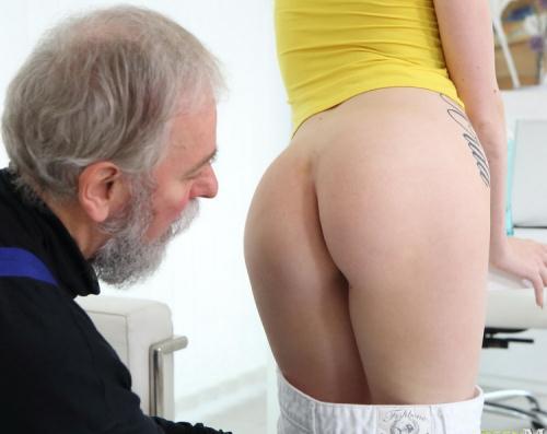 Empera aka Vladlena - Old man fucks a fresh babe (FullHD)