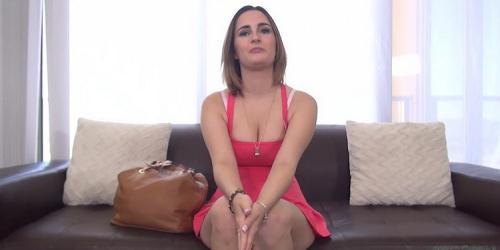 Mia Scarlett - Mia Scarlett (HD)